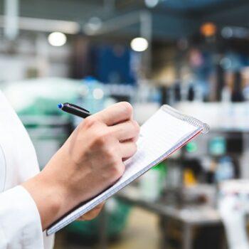 Laboratório 10 de Julho recebe certificação de excelência